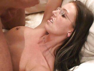 Jjylie Skyhigh se desnuda y se pelicula tarzan xxx masturba
