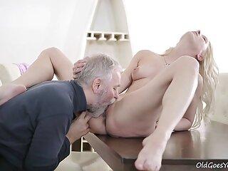 Preciosa peliculas xxx full morena juega con su coño
