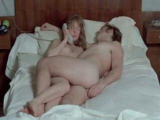 Novia de tetas pequeñas follando estrenos peliculas porno online anal