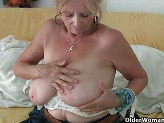 Dos chicas con curvas Diamond Kitty y Rose Monroe peliculas de incesto online dan a los chicos