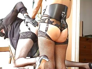 Niki rubia caliente con grandes pechos peliculas de sexo en castellano