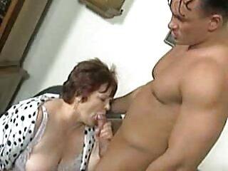 Piper Perri con peliculas italianas completas xxx anteojos accedió rápidamente al sexo