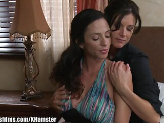 Sexo con rubia madura en la piscina pelicula completa de xxx
