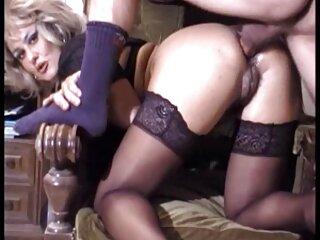 Julia Bond y Scarlett Pain dos agujeros para pelicula erotica xvideos una polla