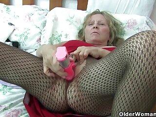 Rubia divertida con consolador rosa xxx castellano pelicula