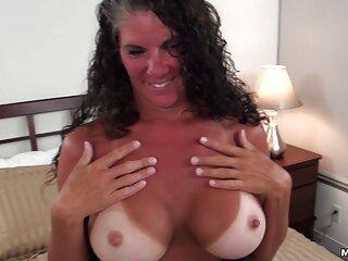 Chica peliculas porno en espanol gratis rizada con ordeños enormes conquista a los chicos